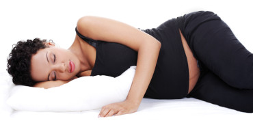 Posisi Tidur Terbaik Selama Hamil