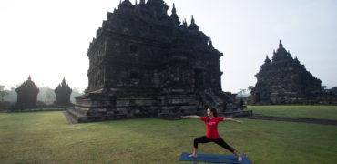 Yoga ibu Hamil? Lakukan dengan Benar Ya.